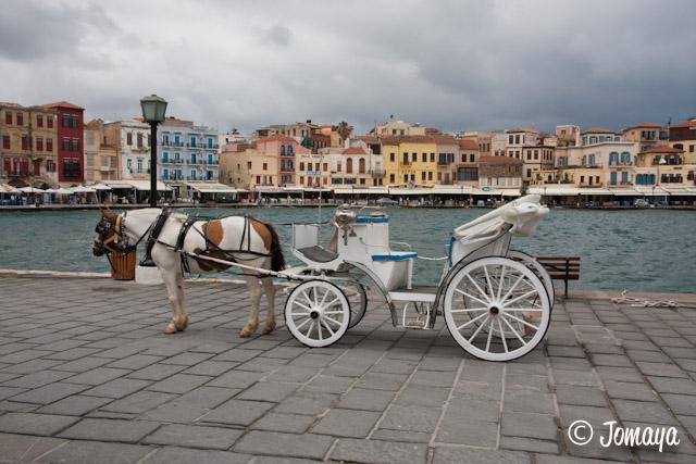 La Canée - calèche sur le port vénitien